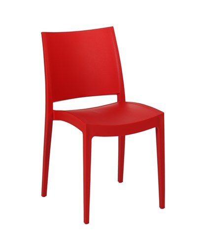 Chaise rouge en polypro